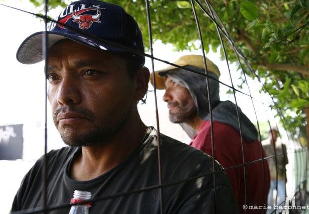 26_Jesus Duran devant la casa migrante, Mexicali Mexique 2009