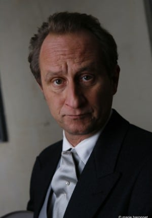53 Benoit Poelvoorde comedien, tournage des emotifs anonymes de  Jean-pierre Ameris, region parisienne 2009