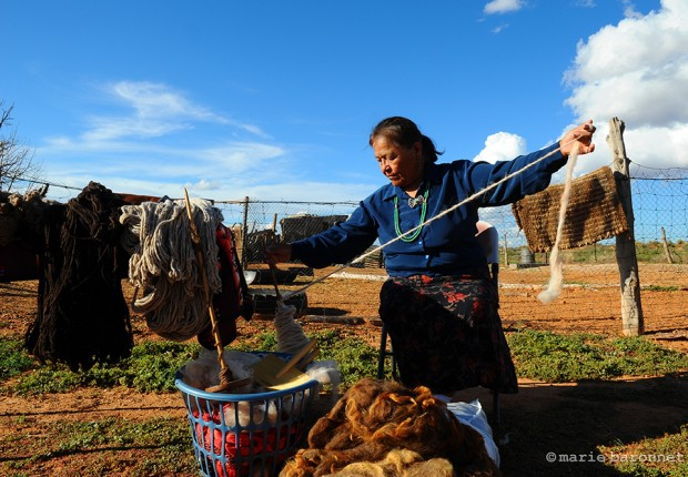 Lorena Nelson Shonto Arizona 2013. Lorena spins wool of her shurro sheeps